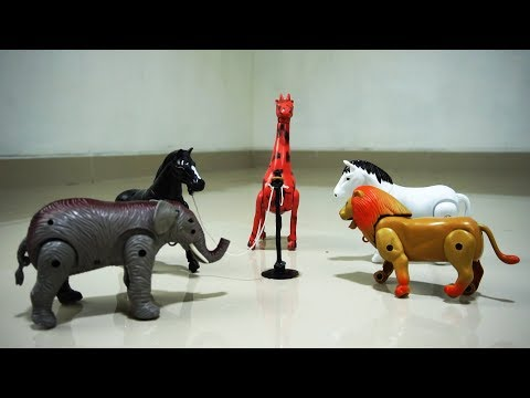 Learn animal names and sound with walking animal toys (elephant,horse,giraffe,lion)