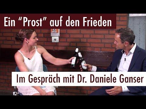 """""""Ein Prost auf den Frieden"""" - Im Gespräch mit Dr. Daniele Ganser (03.06.2017)"""