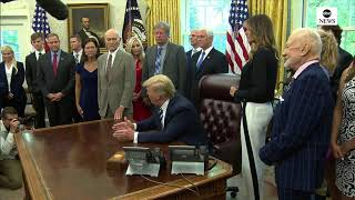 Trump meets with astronauts, families for 50th anniversary of Apollo 11
