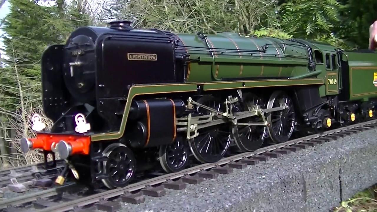 The Black Magic of Coal firing a Gauge 1 Britannia