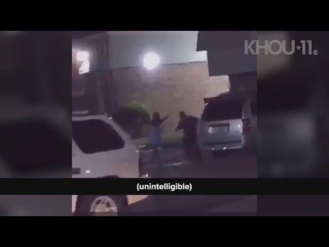 """Un policía de EE  UU mata a tiros a unha muller que gritou: """"Estou embarazada"""""""