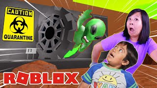 RYAN & MOMMY IN QUARANTINE! Let's Play Roblox Quarantine Story