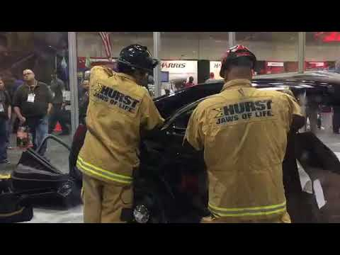 HURST Jaws Of Life Extrication Demo: Ford Police Interceptor, Side 2