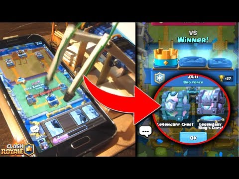 This is what happened when I let my Robot play Clash Royale!