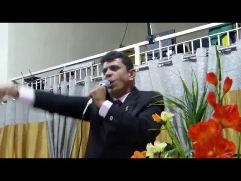 Pastor Fabio Silva Pregando no Congresso do Círculo de Oração Coluna de Fogo