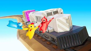 HOLD On To The MOVING TRAIN Or FAIL in GANG BEASTS!