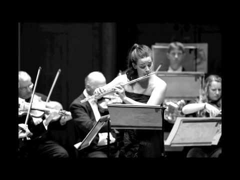 Mozart Andante for Flute. Ana de la Vega