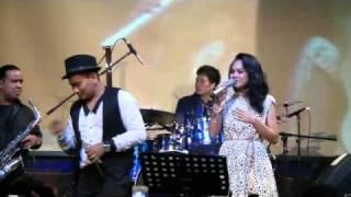 Tompi feat. Andien - Selalu Denganmu @ Launching New Album TPSH