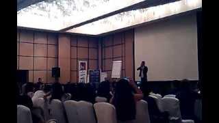 Joseph Lim naiyak sa Abu Dhabi 1 of 2