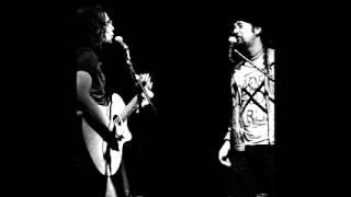 """Sirena"".  Adrián Gil y Rodrigo Rojas"
