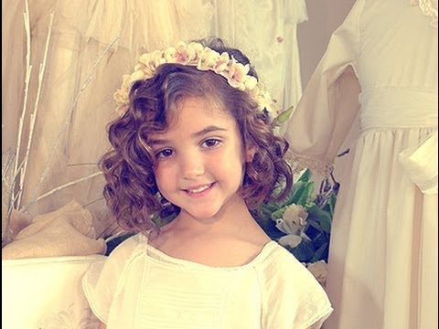 Cómo hacer peinados para niñas con pelo rizado