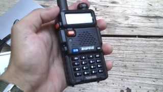 Baofeng UV-5R Dualband (PT-BR)(Dualband, VHF/UHF, demo em PT-BR, antenas e comentários. Radioamador, rádio escuta e +. Manual em PT-BR: ..., 2014-01-11T18:47:00.000Z)
