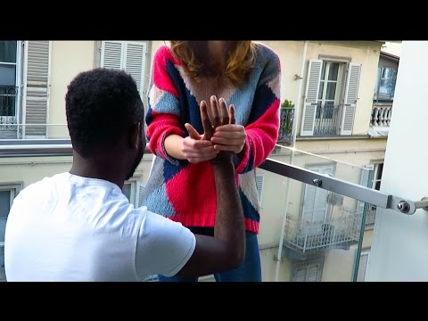 Republic of Congo and Italy meet in San Salvario - ASMR Back and Head massage *natural sounds*
