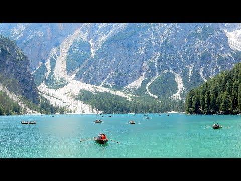 LAGO DI BRAIES - Perla dei laghi Alpini - Full HD
