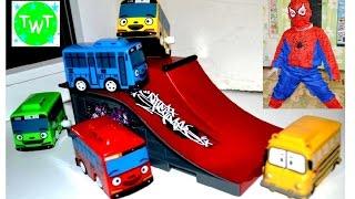 Видео про машинки. Тайо маленький автобус и чудо машинки прыгают с трамплина Автобус мультик
