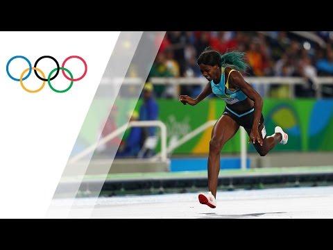 Miller dives over the finish line for 400m gold