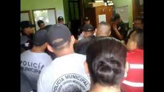 ASI GOBIERNA EL PANISTA RUBEN MARTINEZ CASTILLO EN HUEYTAMALCO PUEBLA