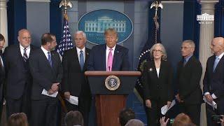 """Trump insiste en que el riesgo de coronavirus en EEUU es """"muy bajo"""""""