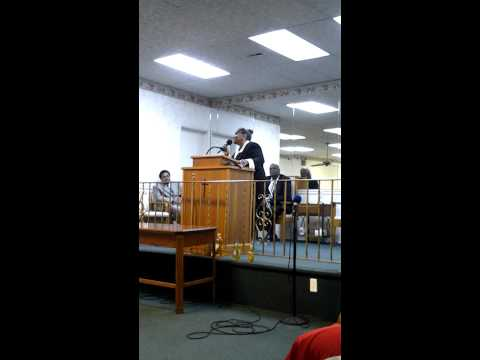 Evangelist Anne Darby Hinton sing My time is in His hands and I won't complain.