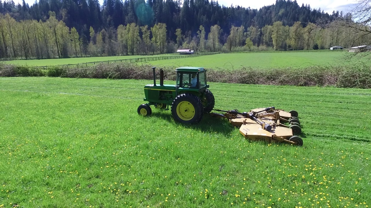 John Deere Cutting Grass With 15 Foot Woods Batwing