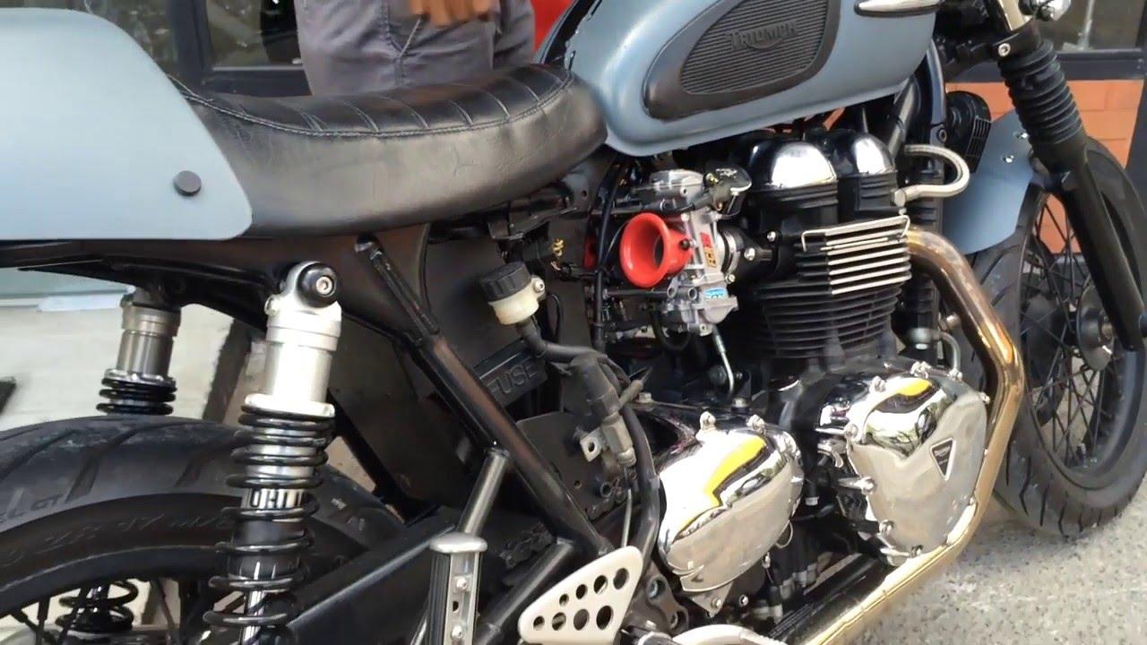 triumph thruxton with keihin fcr 39 carburetor - youtube