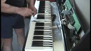 HOW TO REPLACE HAMMERS AND KEYS .. Roland keyboard