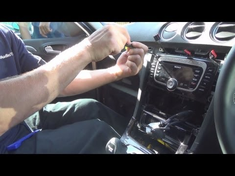 Radio Removal Ford Galaxy (2006-Present) | JustAudioTips