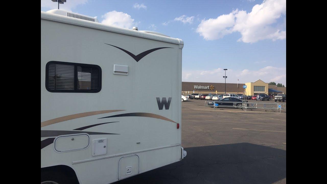 MN Trip Part II - Wyoming, Water Refill, Walmart Boondocking