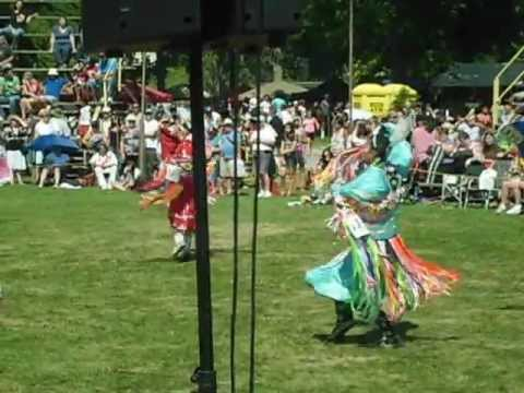 Teen Girls Fancy @ Six Nations 2012: Crow Hop Travel Video
