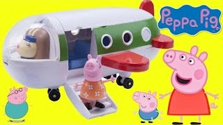 PEPPA PIG's Holiday Plane Playset! Traveling & Toy Hunting thumbnail