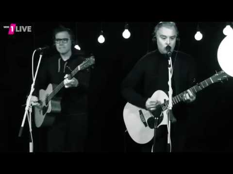 blink 182   Bored To Death Acoustic @ 1Live Plan B   14-11-16