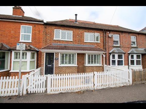 A Four Bedroom Character Property For Sale in Fleet