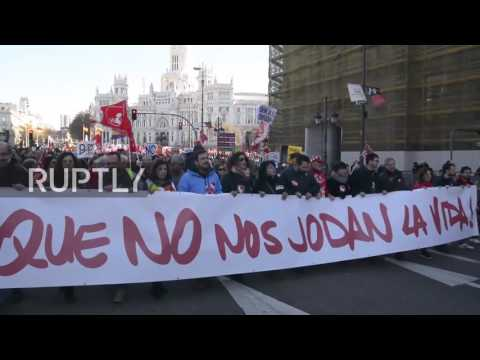 Spain: Thousands march against government labour policies in Madrid