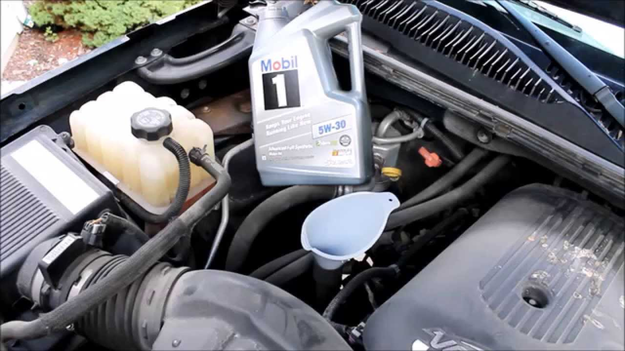 How To Change The Oil In A Chevy Avalanche Or Similar Model 5 3 Vortec 2003 2004 2005 2006 You