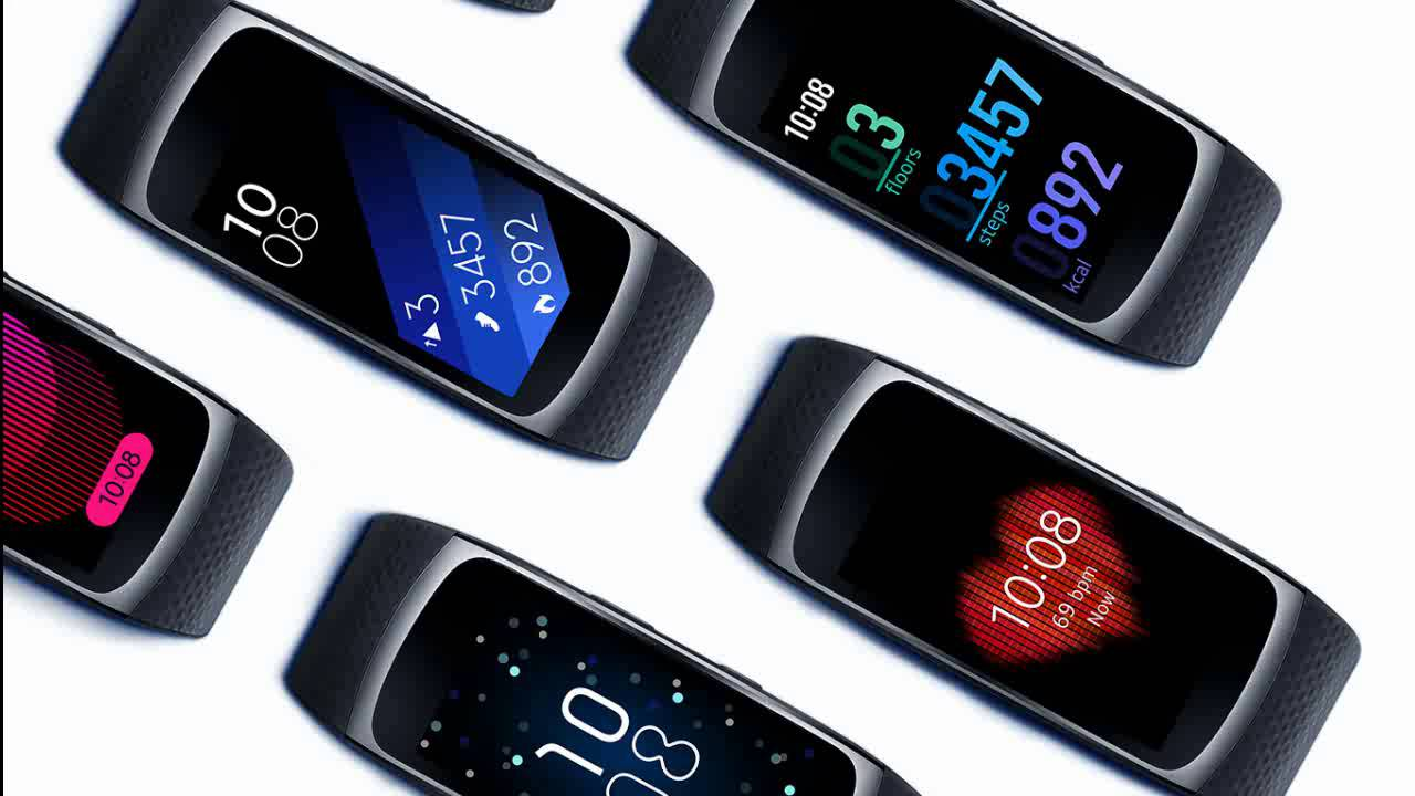 Samsung gear fit 2 gear iconx hands on putting fitness at the top - Samsung Gear Fit2 Samsung Unveils New Fitness Wristband Gear Fit 2 With Gps Youtube