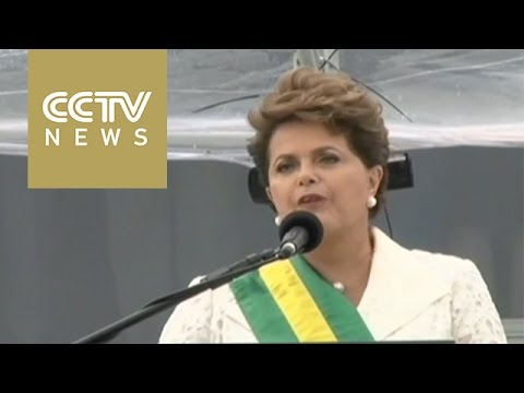 Brazilian President Rousseff facing Neves in election run-off