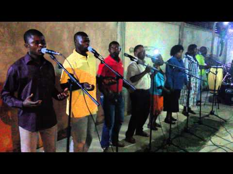 """Grupo Instrumental Kiandu Cabinda """"GIKCAB"""", nos ensaios. Mana Mónica Saudações"""