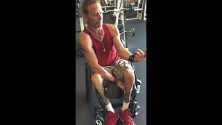 How to lift weights without full use of hands