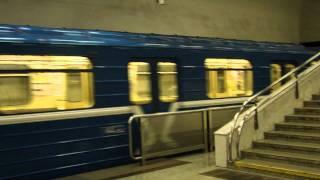 Download Заезд в тупик 81-717. Минское метро. Ст. Уручье Mp3 and Videos