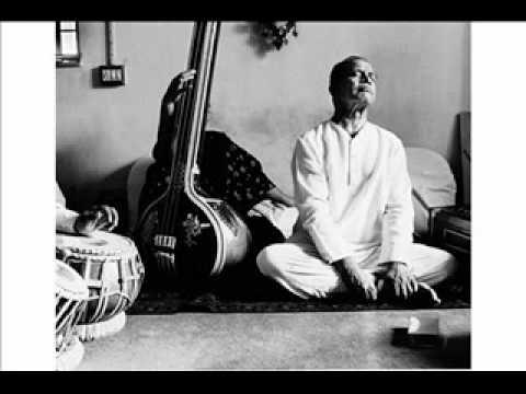Bhimsen Joshi in concert - Jo bhaje Hari Ko Sada - Bhajan