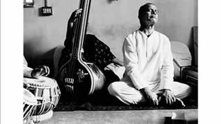 Bhimsen Joshi in concert - Jo bhaje Hari Ko Sada - Bhajan .wmv