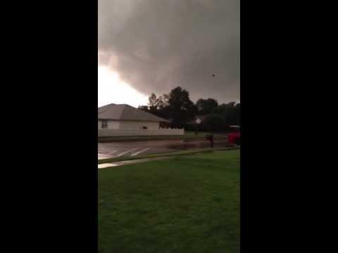 Broken arrow tornado forming