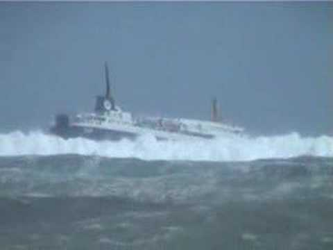 Newfoundland Ferry in massive waves!!