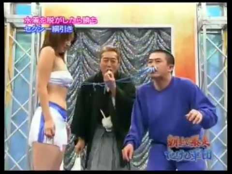 Đàn ông chịu đau đến đâu để được ngắm vếu?? =))) clip vui