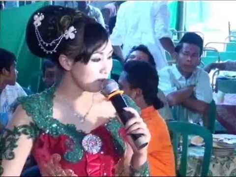 Orgen tunggal ANUGRAH(Selingkuh)(Mounica stevany)