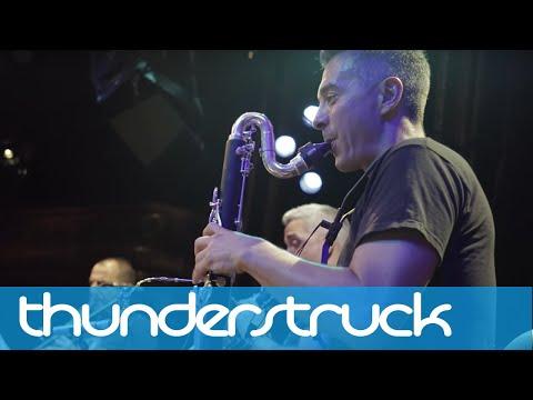 L'Rollin Clarinet Band - Thunderstruck