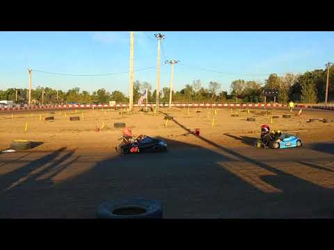 9.30.2017 - KC Raceway - Heavy Points Heat 1