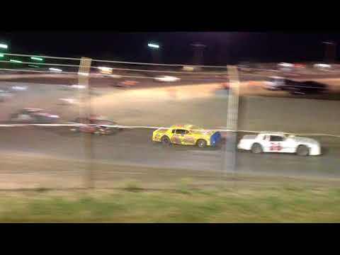 Superbowl Speedway Factory Stock Feature 9-23-17
