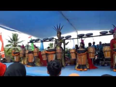 Sandrina feat Ega robot perform cianjur selatan 10 juni 2015