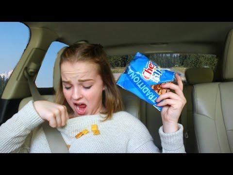12 Weird Habits Girls Have! | Emma Monden